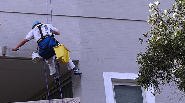 fasadų dažymas - aukštalipiai
